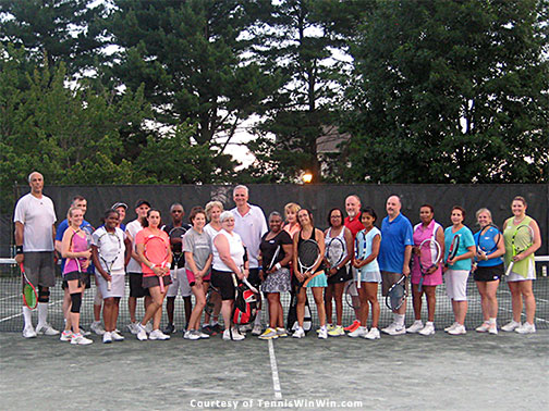 group photo mcta and tennis winwin sundae friday tennis social 2016